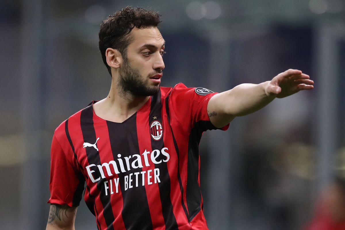 Hakan Calhanoglu Berita AC Milan